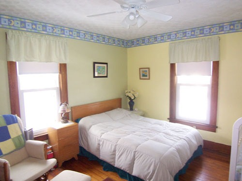 Bedroom at 206 East Sugar Street in Mount Vernon Ohio 43050