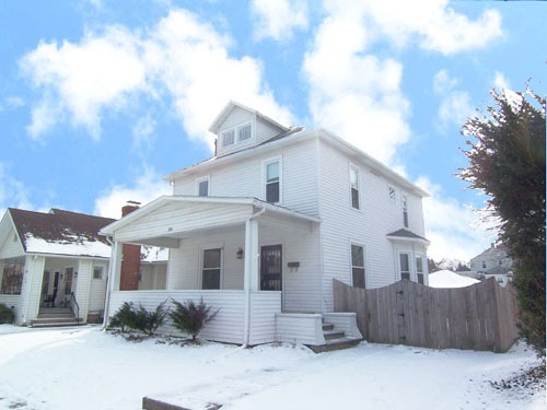 206 East Sugar Street Home For Sale in Mount Vernon